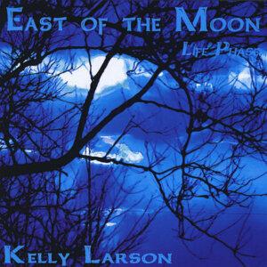 Kelly Larson Foto artis