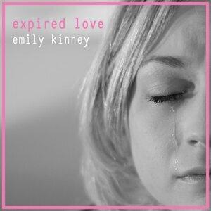 Emily Kinney 歌手頭像