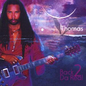 L Thomas Foto artis