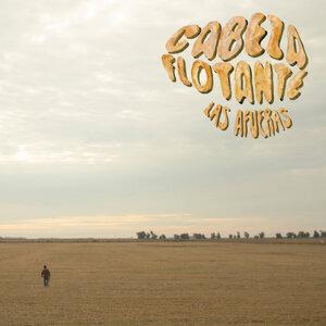 Cabeza Flotante Foto artis