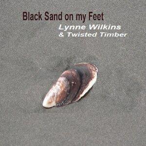 Lynne Wilkins, Twisted Timber Foto artis