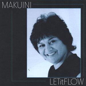 Makuini Foto artis