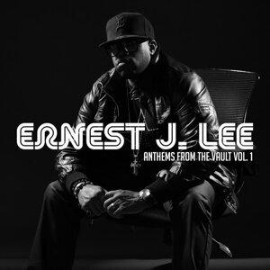 Ernest J. Lee Foto artis