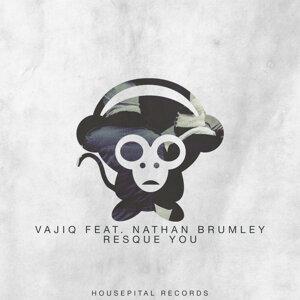 Vajiq featuring Nathan Brumley Foto artis