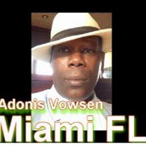 Adonis Vowsen Foto artis