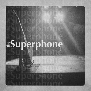The Superphone Foto artis