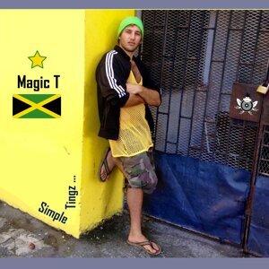 Magic T Foto artis