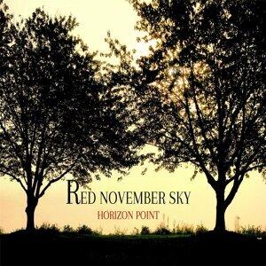 Red November Sky Foto artis