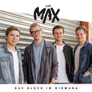 Max Foto artis