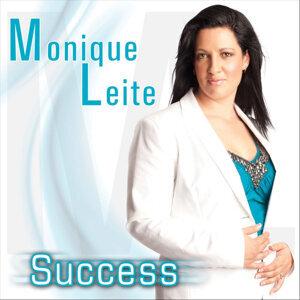 Monique Leite Foto artis