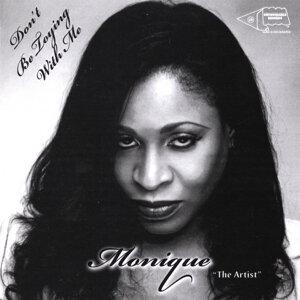 """Monique """"the Artist"""" Foto artis"""