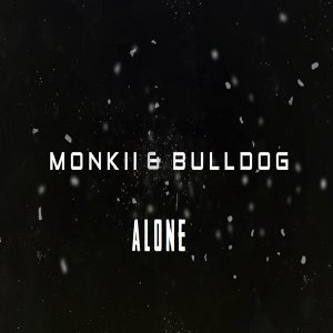Monkii, Bulldog Foto artis
