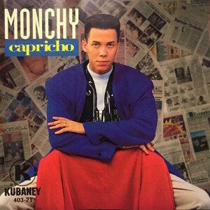 Monchy Foto artis