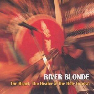 River Blonde Foto artis