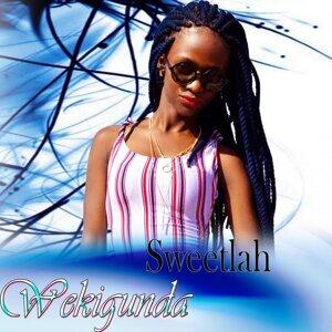 Sweetlah Foto artis