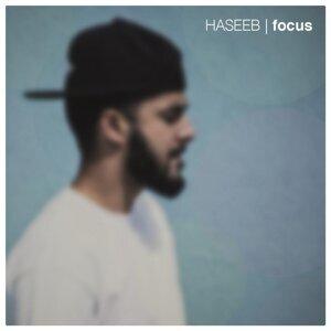 Haseeb Foto artis