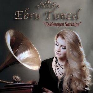 Ebru Tuncel Foto artis