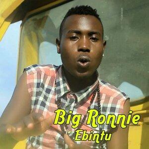 Big Ronnie Foto artis