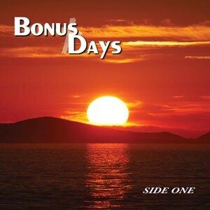 Bonus Days Foto artis