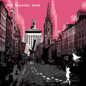 The Monster Show Foto artis