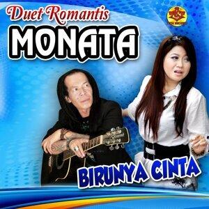 Duet Romantis Monata Foto artis