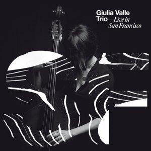 Giulia Valle Trio Foto artis