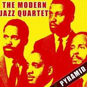 The Modern Jazz Quartet (現代爵士四重奏)