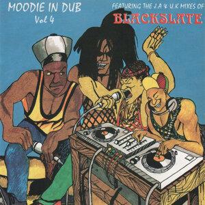Moodie and Blackslate Foto artis