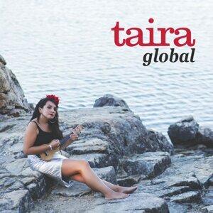 Taira Foto artis