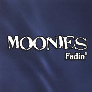 Moonies Foto artis