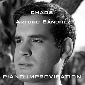 Arturo Sanchez Foto artis