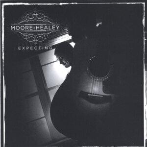 Moore-Healey Foto artis