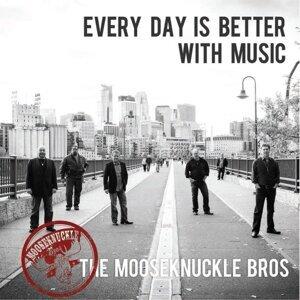 Mooseknuckle Bros Foto artis