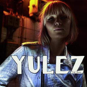 Yulez Foto artis