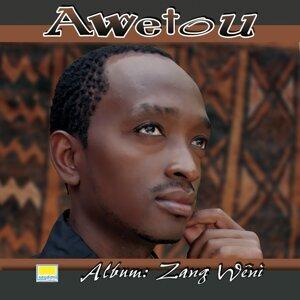 Awetou Foto artis
