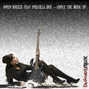 Owen Breeze, Priscilla Due Foto artis