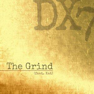 Dx7 Foto artis