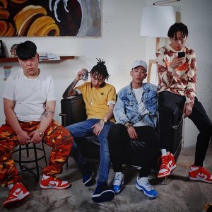 Higher Brothers Foto artis