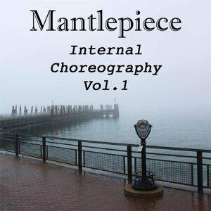 Mantlepiece Foto artis