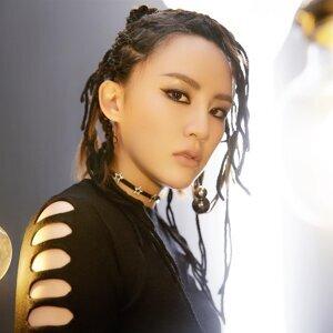 陈梓童 (Tifa Chen) Artist photo