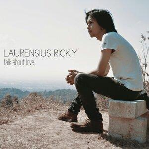 Laurensius Ricky Foto artis