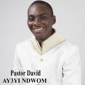 Pastor David Foto artis