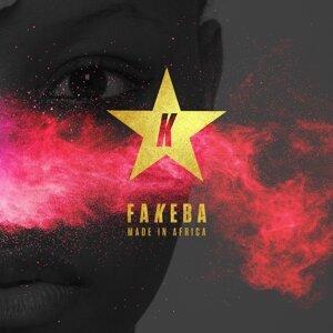 Fakeba Foto artis