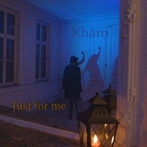 Kharo Foto artis