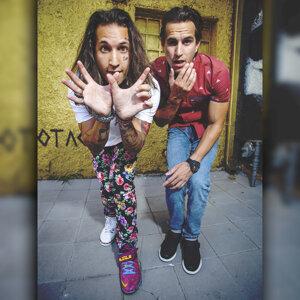 Kooly Bros Foto artis