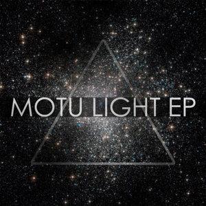 Motu Light Foto artis