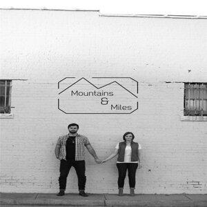 Mountains & Miles Foto artis