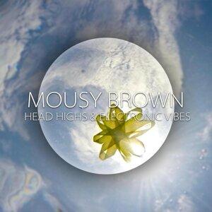 Mousy Brown Foto artis