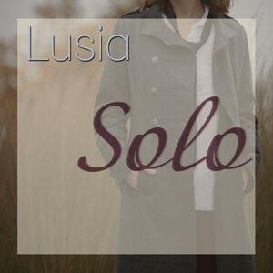 Lusia Foto artis