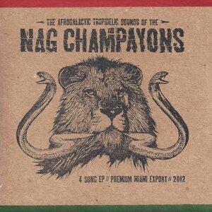 Nag Champayons Foto artis